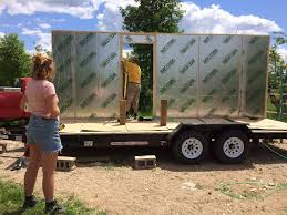 Tiny Homes In Michigan by Michigan Tech Student Builds A Tiny House In Hopes Of Building A