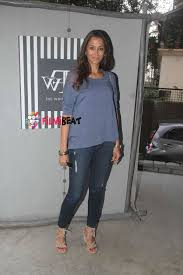 photos twinkle khanna launches new collection at the white