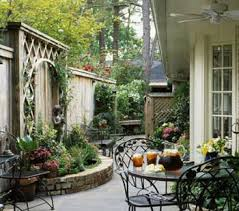 Patio Ideas For Small Backyards 25 Unique Side Garden Ideas On Pinterest Side Yards Garden