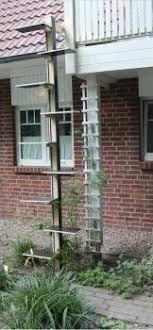 katzenleiter balkon katzentreppe xl katzenleiter für den balkon naturholz