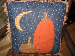 halloween pillow fake it frugal primitive halloween pillow inspiration
