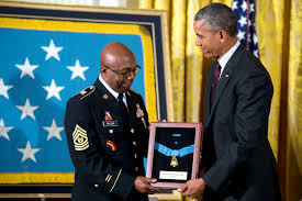 5 photos the president awards the medal of honor to sergeant