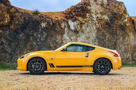 nissan 370z manual for sale heritage edition joins nissan 370z lineup for 2018 automobile