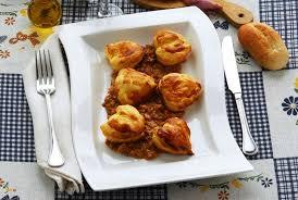 cuisiner des perdreaux recette perdreaux aux cèpes
