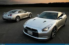 nissan gtr vs porsche 911 ausmotive com nissan gt r image gallery u2013 australian delivery