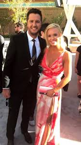caroline boyer and luke bryan proves love at first sight does exist