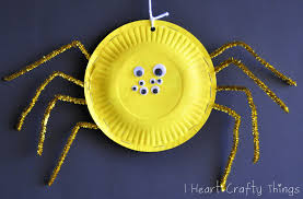 halloween cups and plates paper plate spiders i heart crafty things