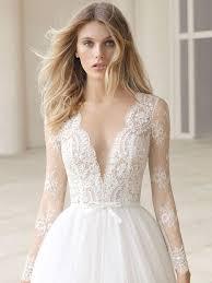 ethereal wedding dress rosa clará fall 2018 collection bridal fashion week photos