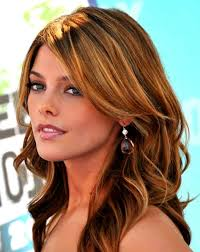 ashley greene with beautiful ombre ashley greene com cheap cherry chapstick beauty tip from