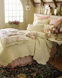 good looking floral motif on rug under master bed and on pillow
