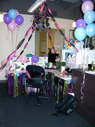 Cubicle Decoration Ideas For Engineers Day by Cubicle Decoration Themes For Christmas And New Year
