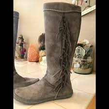 60 ugg shoes uggs mammoth fringe boots size 6 from v s