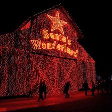 best christmas lights in houston here are the top 10 christmas towns in texas they re magical