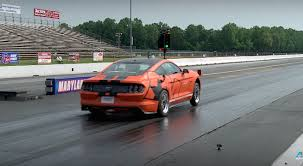 2015 mustang gt quarter mile am bama 2015 mustang gt reclaims quarter mile record pass 2015