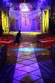 Purple Aisle Runner Wedding Flowers By Scarlet Petal Florist Chicago Il Beyond The