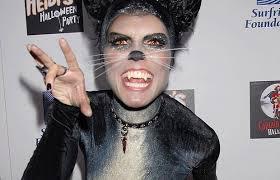 10 Amazing Heidi Klum Halloween Costumes Copy Celebrity Halloween Pictures 7 Celeb Costumes