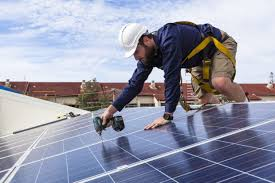 solar panels on houses 800 000 uk households will receive free solar panels goodnet