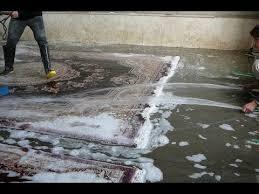 come lavare i tappeti persiani lavaggio tappeti persiani con acqua dopo fissaggio colori cagliari