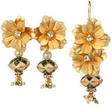 aarya 24 karat gold foil pendant set pendant sets homeshop18