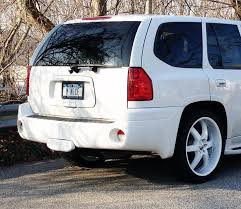 pix of my 2003 envoy white on white chevy trailblazer