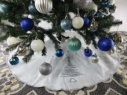 39 5 white tree skirt with silver sequin