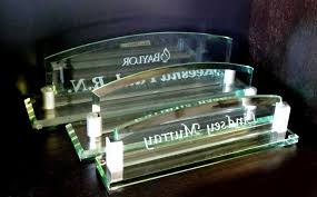 etched glass desk name plates personalized glass arch desk name plate crystal images inc for