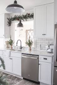kitchen cabinet decorating ideas 11 easy affordable kitchen decor ideas