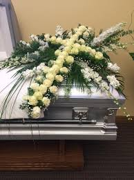 casket spray serenity casket spray sherry s flowers