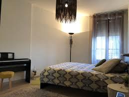 femme de chambre geneve chambre à louer chez l habitant colocation onex suisse roomlala