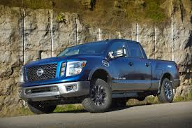 new nissan 2017 nissan titan and titan xd to get a new gasoline v8 with 390