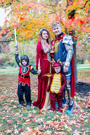 family costumes theme family costumes me