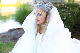 unicorn half up diy halloween costume cute girls hairstyles