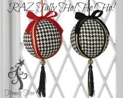 houndstooth ornament with tassel set of 2