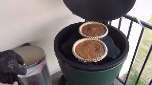 thanksgiving turkey big green egg pumpkin pie on the big green egg youtube