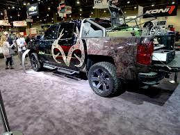 chevy concept truck chevrolet unveils camo heavy 2016 realtree bone collector