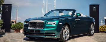 roll royce custom rolls royce reveals emerald clad dawn rolls royce rancho mirage blog