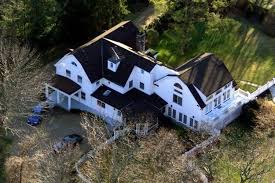 15 old house lane chappaqua firefighters respond to fire at bill and hillary clinton s house