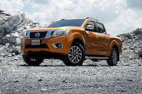navara nissan nissan navara pickup redesigned frontier to be different automobile