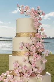 Cherry Blossom Tree Centerpiece by Create A Lovely Table Centerpiece To Complete Your Cherry Blossom