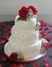 wedding cake with red roses wedding ideas