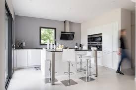 ilot cuisine blanc charmant cuisine blanc laque avec ilot 11 cuisine moderne