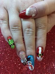 freehand christmas nail art made me smile pinterest