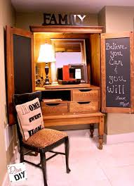 show me kitchen cabinets how to put a useful memo chalkboard on a cabinet door diva of diy