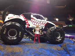 monster truck show january 2015 tulsa monster jam