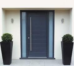 Best  Front Door Planters Ideas On Pinterest Front Porch - Front door designs for homes