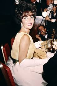 elizabeth taylor with her oscar for best actress in u0027butterfield 8