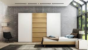 Schlafzimmerschrank Fernsehfach Eckkleiderschrank Modern Aus Eiche Hochglanzlackiertes Holz