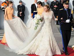 most expensive wedding gown top most expensive wedding dress wedding dress