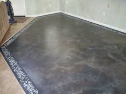 Can You Refinish Laminate Floors Anythingology Step By Step Instructions On How To Prep And Paint
