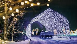 holiday light displays near me outdoor christmas light displays tips the best tricks to hang up